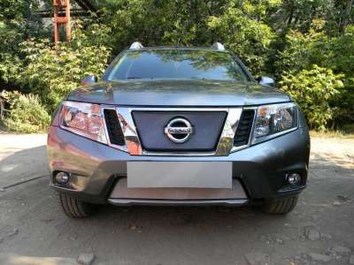 Защита радиатора Nissan Terrano 2014-2018 chrome низ